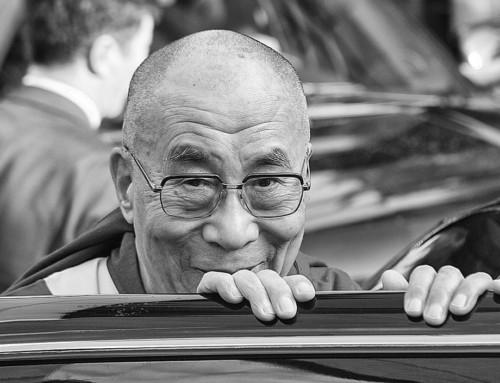 S. H. der Dalai Lamaist vom 23. bis 26. August in Hamburg