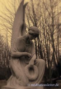 engel im park