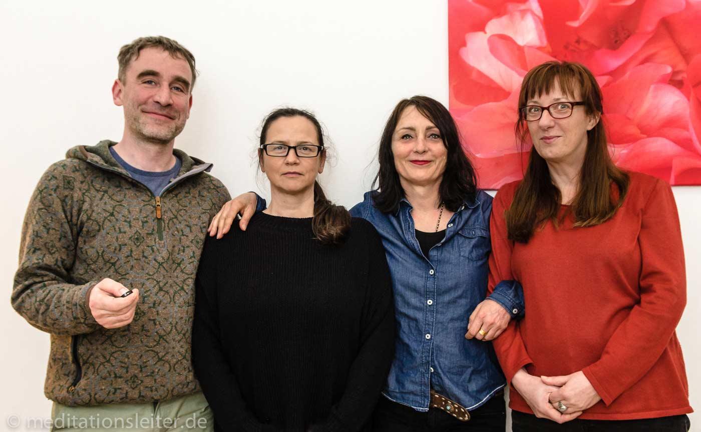 2017 drei neue meditationsleiter in berlin ines. Black Bedroom Furniture Sets. Home Design Ideas